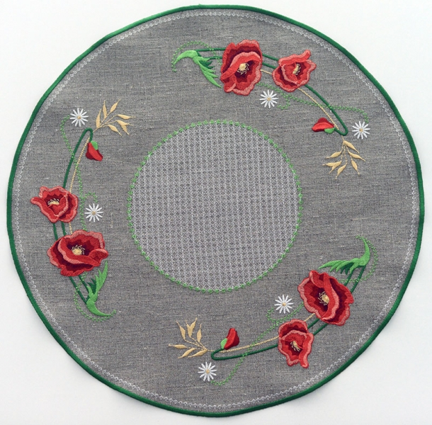 Салфетка круглая вышивка «Маки». Размер 44 х 44см. Лен, шелковые нити
