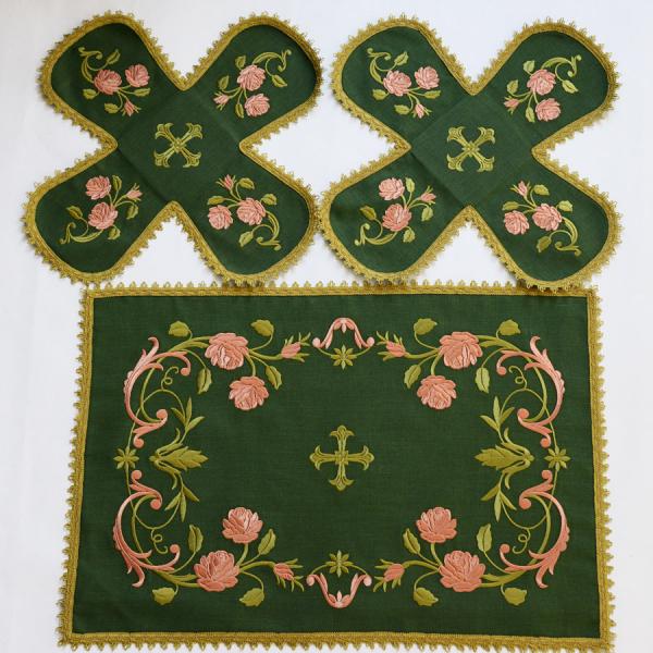 Воздух и покровцы вышивка «Розы розовые». Лен зеленый