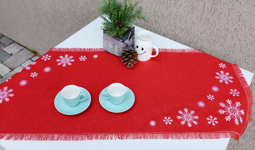 Дорожка льняная вышивка «Снежинки». Размер 90 х 50 см