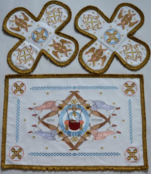 Воздух и покровцы вышивка «Престол уготованный». Лен белый