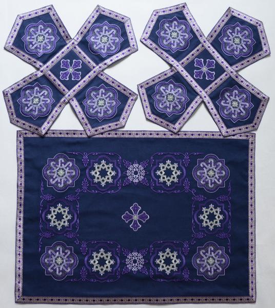 Купить Воздух и покровцы вышивка «Престол уготованный». Лен цвет фиолетовый