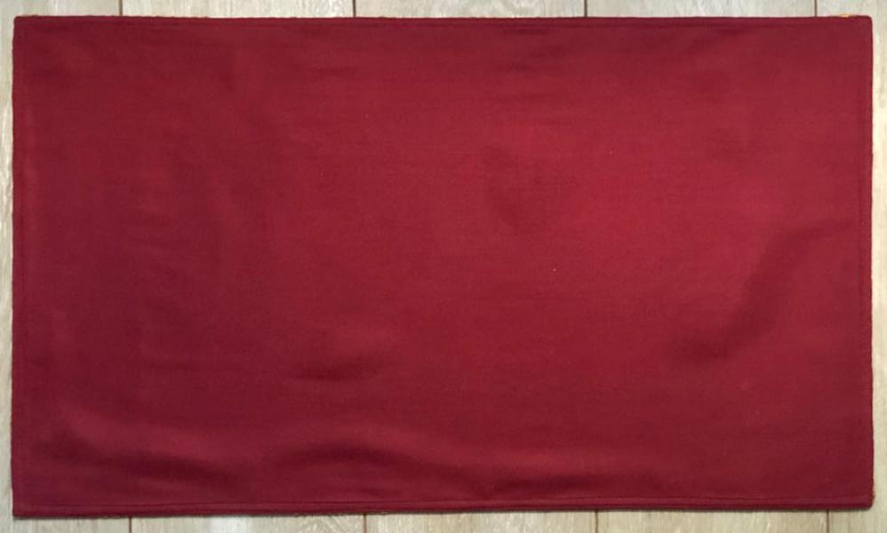 Плащаница Христа Спасителя.  Вышивка. Ткань шеврон. Размер 70 х 42 см.