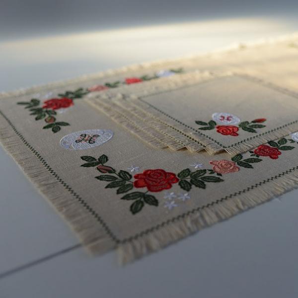 Столовый комплект вышивка «Розочки». Лен, шелковые нити