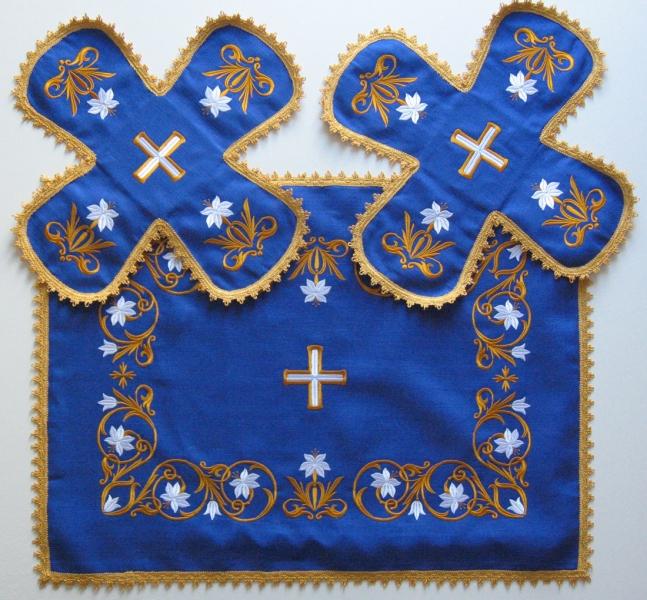 Воздух и покровцы вышивка «Лилии Мария». Лен цвет синий