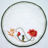Салфетка круглая  вышивка «Маки малые» 22 х 22см. Лен, шелковые нити