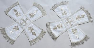 Воздух и покровцы вышивка «Спас Нерукотворный». Шелк церковный белый