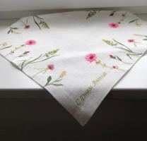 Салфетка льняная вышивка «Цветы луговые». Размер 40 х 40 см