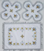 Воздух и покровцы вышивка «Херувимы». Бархат цвет белый