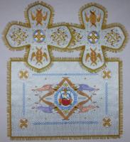 Воздух и покровцы вышивка «Престол уготованный». Парча цвет белый