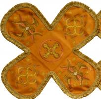 Воздух и покровцы вышивка «Престол уготованный». Лен цвет желтый